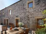 Littonfields Barn - Luxury Living in Peak District