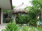 Garden, bale and verandah