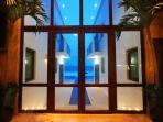 6/7 Oceanfront Villa - Chef, Resort Membership