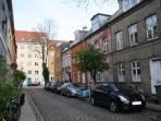 Three floor townhouse - idyllic Copenhagen apartment