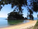 Peaceful Little Kaiteriteri Beach