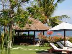 Bale Benong Villa Insulinde