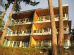 The OceanVilla at Brentwood Bay Resort & Spa
