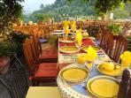 outside dining for twelve