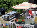 Outdoor dining - on deck or picnic table - and a nice gas grill!