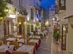 Enjoy romantic meals/shopping in old town Marbella. Stroll mosaic cobble streets of ancient town
