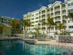 3 Br, 2.5 Ba Condo Steps From Award-Winning Beach!