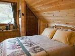 Cottage bedroom with queen size bed and high quality sheets / blankets