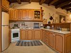 Kitchen - Villa Aloni