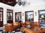 Villa Batavia - Living Room
