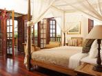 Villa Batavia - Master Suite Bedroom