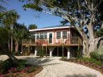 Beautiful Fort Myers Beach Cottage