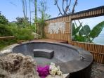 Outdoor Bath Tub