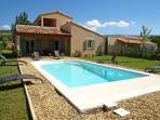 Villa in Provence with Pool near Town - Villa Bruyere