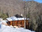 HInoki house in the winter