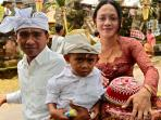 Local Balinese family