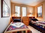 White Wolf Townhome Twin Bedroom Breckenridge Lodging Vacation R