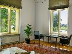 LLAG Luxury Vacation Apartment in Dresden - located in a villa, colorful, artsy (# 423)