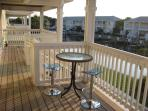 Beautiful deck overlooking canal, 4 stools & 2 beach chairs