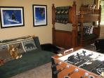 Bunkroom--2 bunk beds & Futon