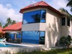 3-bedroom beachfront villa in BaanTai