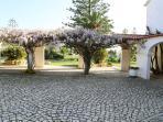 Main entrance to Quinta santo Phunurius
