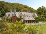 PLAS GWYNFRYN, pet friendly, luxury holiday cottage in Llanbedr, Ref 5051