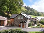 CILFACH, family friendly, luxury holiday cottage, with a garden in Llanfyllin, Ref 10470