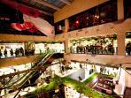 Mercado San Anton: a place for tapas and gourmet shopping