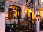 Lincoln Park B&B Villa D'Citta with 6 Private Suites