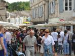 Montquc market