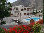 Santorini Villa The Birds Apartments for 5 with Free Car