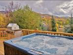 Large Hot Tub and with Views, Privacy
