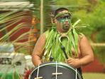 Tahitian drummer