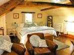 THE LOFT, romantic, luxury holiday cottage, with a garden in Staintondale, Ref 13557