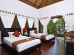 Twin Room & Garden