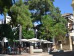 Plaza del apartamento y Museo