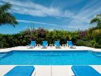 Grace Bay Townhomes - Clear refreshing fresh water pool!