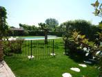 Jardin du Mazet et piscine du Mas