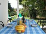 Casa Jardim Outdoors dining table