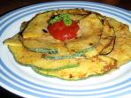 A hot, organic and home-made Costarican snack, often from our garden, awaits you upon arrival