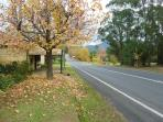 Kangaroo Valley village just 3 minutes drive