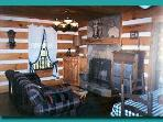 Moonshines livingroom