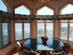 Breakfast Room for 6 with ocean view