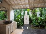Outdoor Garden Bathroom shower