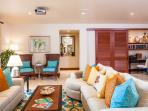 Castaway Cove C201 - Spacious Ocean View Great Room with Desk