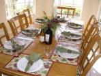 Dinning area to seat 8 guests