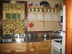 Charming fully equipped kitchen