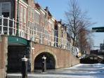 Winter in Leiden, canals frozen