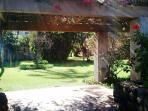 Akahi grounds